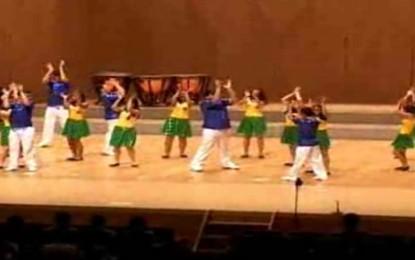高文祭招へい校のジョルナリスタ・ワンディック・フレイタス学校が7月31日に津市総合文化センターで発表したパフォーマンスについて