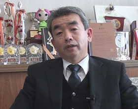 Diretor do Mie Kenritsu Iino Koutougakkou Mr. Masahiro Miyaji